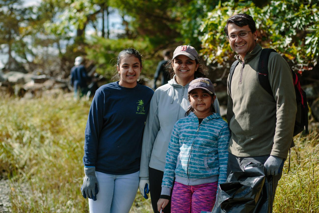 family clean up great bay