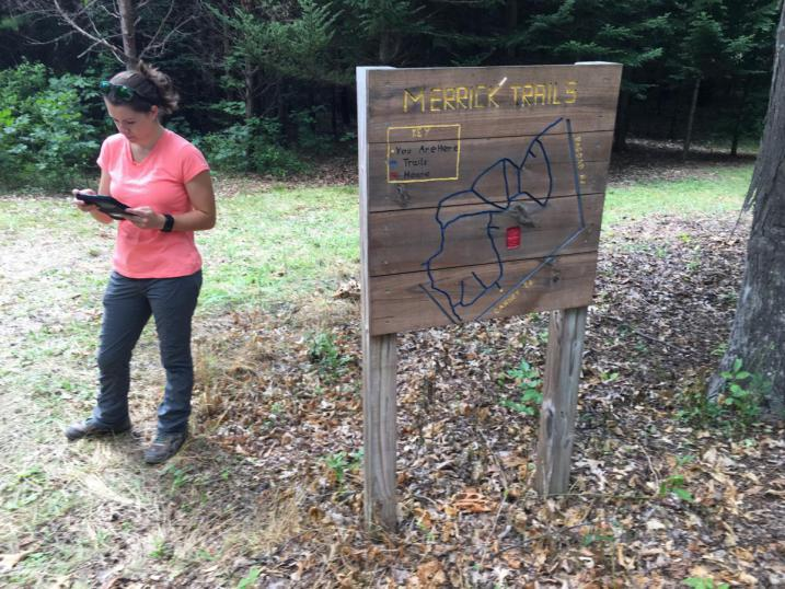 Amanda and Trailfinder Merrick Sign