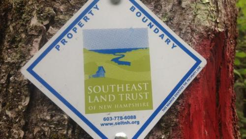 Southeast Land Trust boundary sign